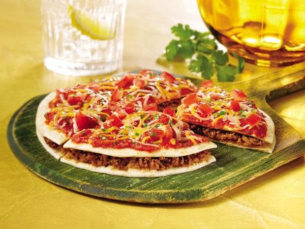 طريقة عمل البيتزا المكسيكية بالخلطة السحرية