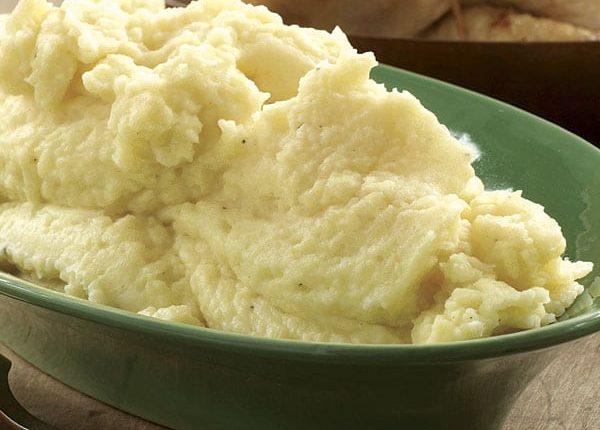 طريقة عمل البطاطس الذهبية بالحليب والزبدة سهلة وسريعة