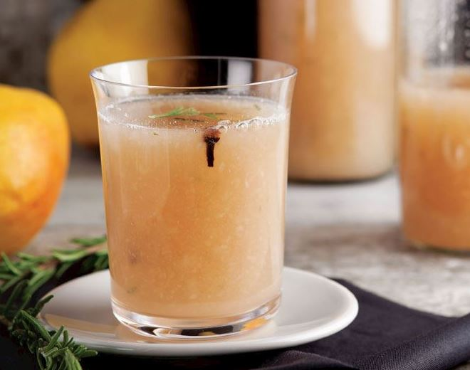 عصير الكمثري بالبهارات