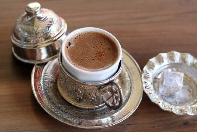 قهوة تركية باللبن والشيكولاتة