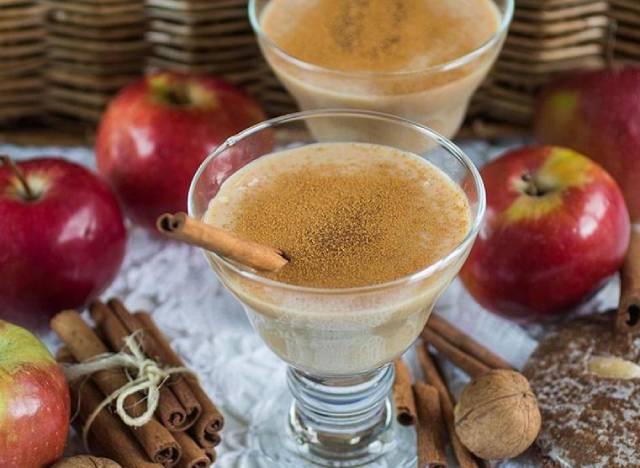 طريقة عمل كمبوت التفاح بثلاث مكونات فقط سهلة ولذيذة