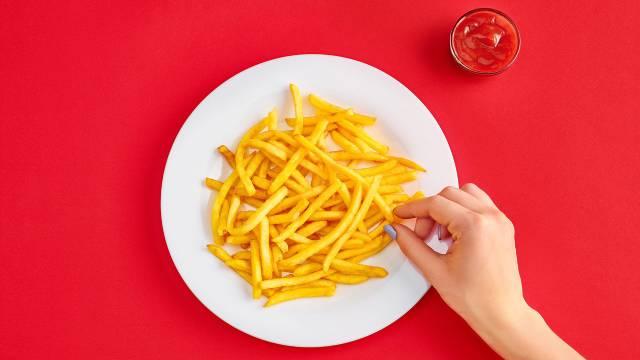 عدد السعرات الحرارية في البطاطس المحمرة