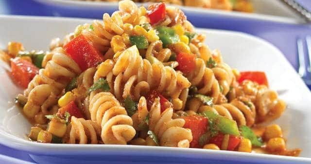 أسوأ 7 أطعمة يمكن تناولها على الغداء – لا تشعرك بالشبع