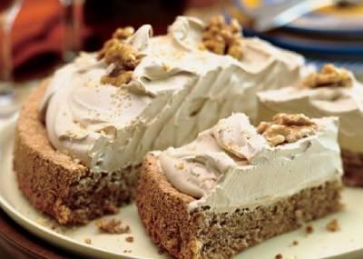 أفضل أنواع الكريمة لتزيين الكيك