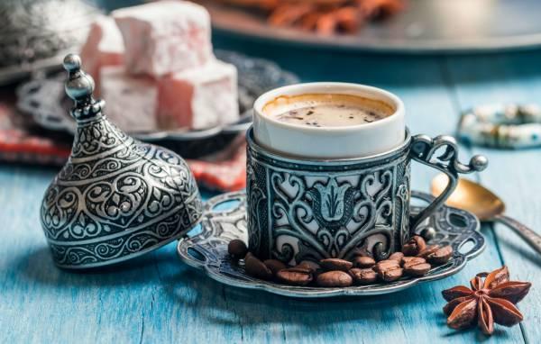 6 فناجين قهوة تركية فخمة – طقم معالق تركي روعة